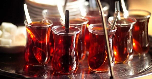 Çayın Faydalarına İnanamayacaksınız