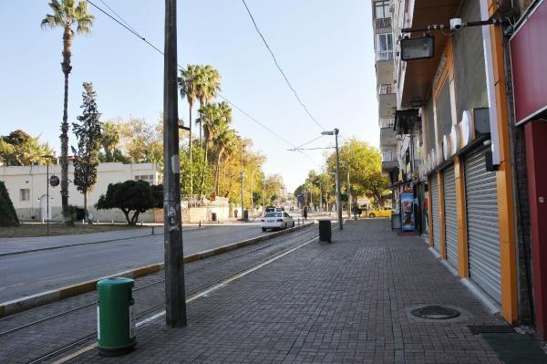 2020/11/yasaklar-yanlis-anlasilinca-sokaklar-bos-kaldi-acec7e6b5faf-4.jpg