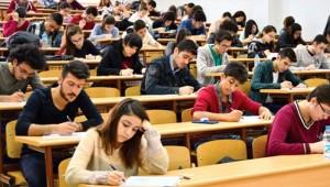 YÖK, üniversite tercihlerinde baraj puanını düşürdü, TYT sınavının süresini uzatttı
