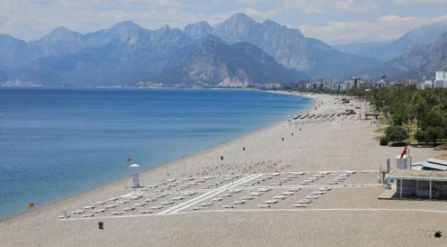 Dünyaca ünlü sahilde sınav sessizliği