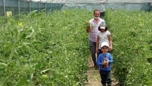 'Genç Çiftçi' projesiyle köyüne döndü