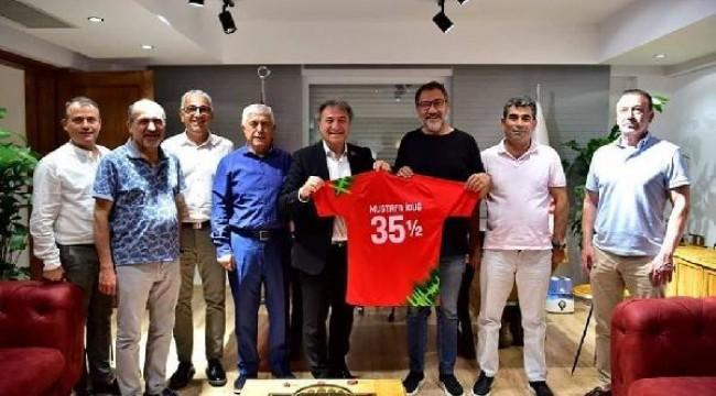 Karşıyaka, Bornova Stadı için imzayı attı