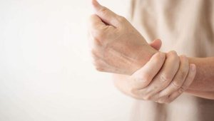 Bu hastalık Parkinson'dan 10 kat daha fazla görülüyor