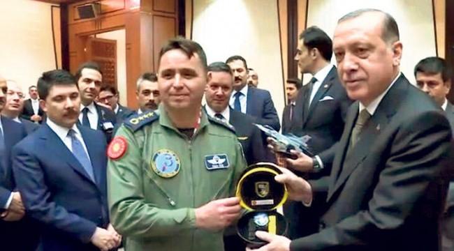 Erdoğan'ı koruyan pilot ve Akar'ın yaveri general oldu