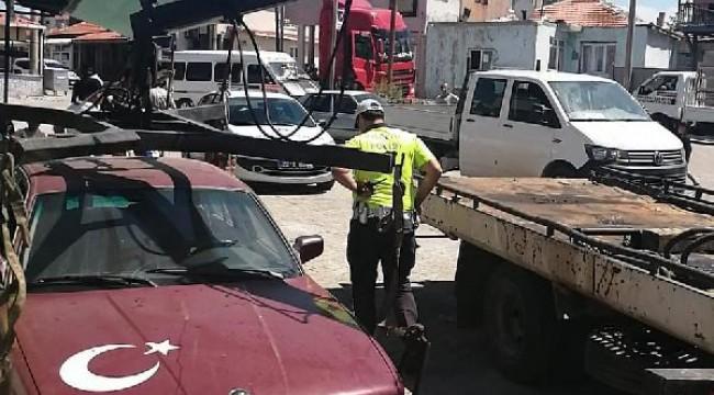 Hurda araca sahte plaka takıp, ehliyetsiz kullanan sürücüye 11 bin TL ceza
