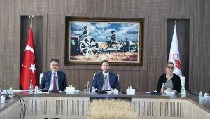 3 bakan, 'Gıda İzleme Komitesi' toplantısında bir araya geldi