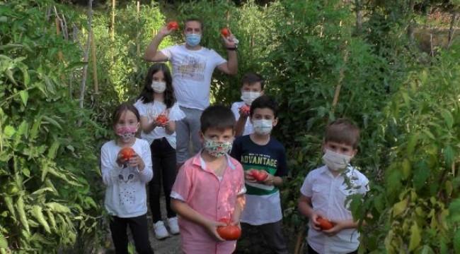 Öğrenciler için bahçe oluşturdu