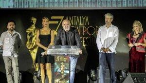 Altın Portakal Film Festivali koronavirüs gölgesinde başladı