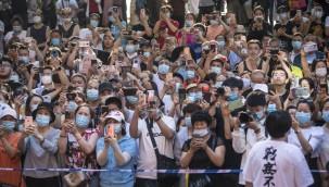 Avrupa ülkeleri koronavirüs salgınında ikinci dalgayla nasıl mücadele ediyor?