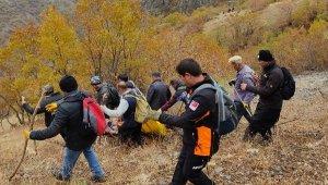 Hakkari'de odun toplamaya giden kişinin uçurumdan düşerek öldüğü anlaşıldı