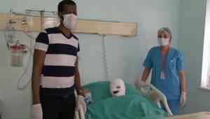 Somalili genç kız Türk doktorlarına emanet