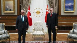 Cumhurbaşkanı Erdoğan, DSP Genel Başkanı Aksakal'ı kabul etti