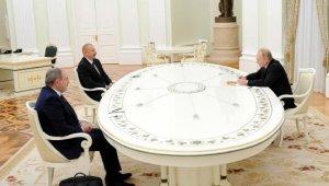Rusya'da Aliyev, Paşinyan ve Putin'den ortak bildiri-2