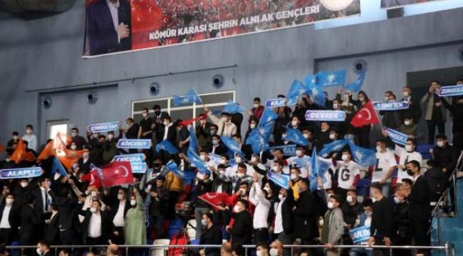 AK Parti Genel Başkan Yardımcısı Yazıcı: 'Yeni anayasa Türkiye'nin hep gündemindedir'