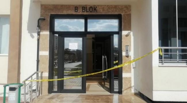 8 kişide pozitif vakaya rastlanınca apartman karantinaya alındı