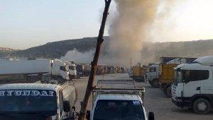 Rejim uçakları akaryakıt istasyonlarını hedef aldı