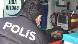 Sapık, 'Karlos' adlı köpeğin bacağından ısırmasıyla yakalandı