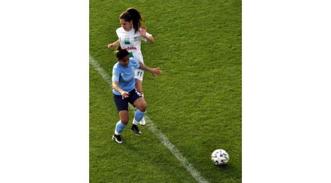 Turkcell Kadın Futbol Ligi'nde grup maçları tamamlandı