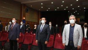 Üniversite Azerbaycan'ın Cumhuriyet Günü'nü kutladı