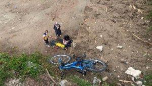 Bisikletiyle temel inşaatına düşen Fatma, yaralandı