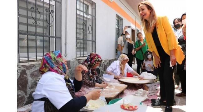 CHP Kadın Kolları Genel Başkanı Nazlıaka Niğde'de