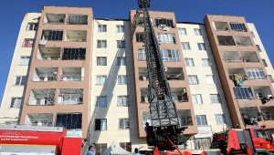 Gaziantep'te, çatı katında çıkan yangın korkuttu