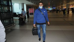 Oussama Tannane transfer görüşmeleri için İstanbul'da