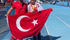 Para atlet Fatma Damla Altın dünya şampiyonu oldu
