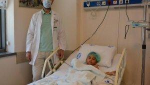 Tayfun'un yuttuğu 50 kuruş, ameliyatla çıkarıldı