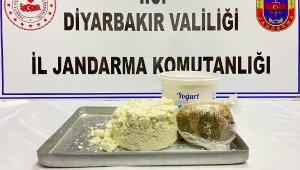 Yoğurt kovasındaki peynirin içinden eroin çıktı